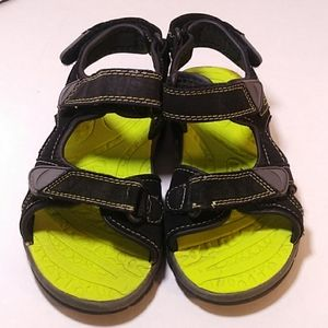 Boys sandal good used condition